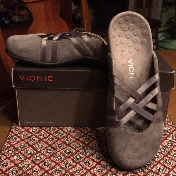 Vionic Suede Slip On Mules Claire Nwt 8